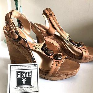 FRYE Bridget Ornament Tan Leather Wedges Sz 9.5 M